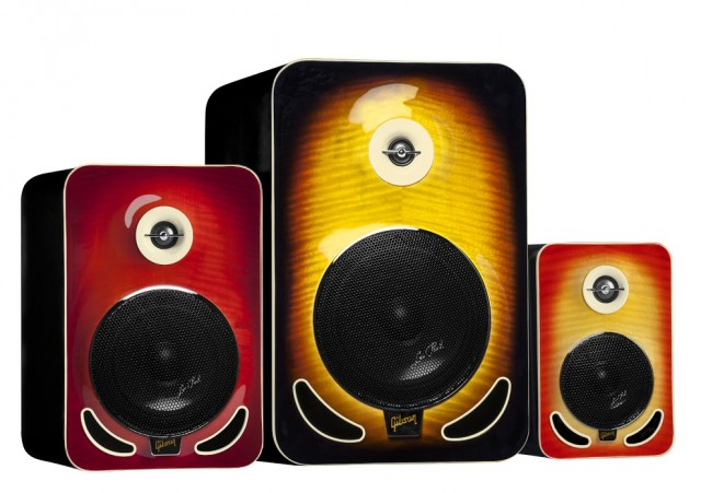 LP_Monitors_Family- Angle Revised
