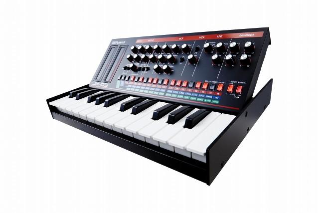 Roland JX-03 w K-25 Stand