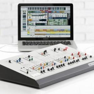 KORG、アープオデッセイの音源モジュール「ARPODYSSEY M-3」「ARPODYSSEY M-1」を発表!